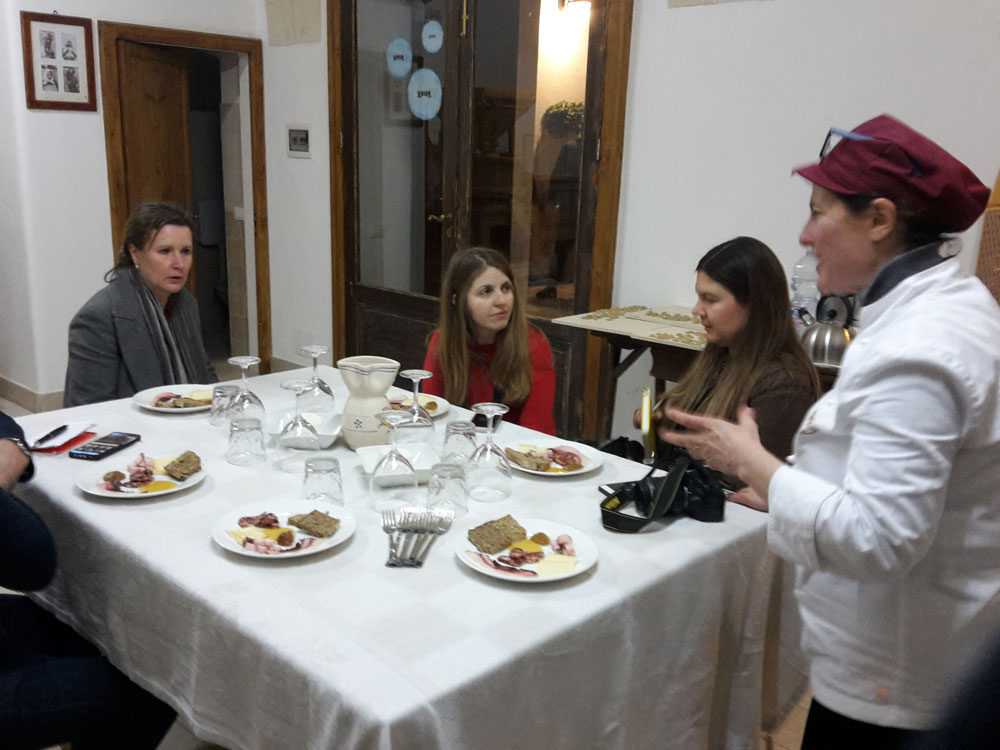 educational-tour-terra-delle-gravine-con-giornalisti-e-blogger-inglesi